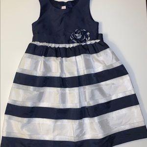 Girls Sz 8x Formal Dress